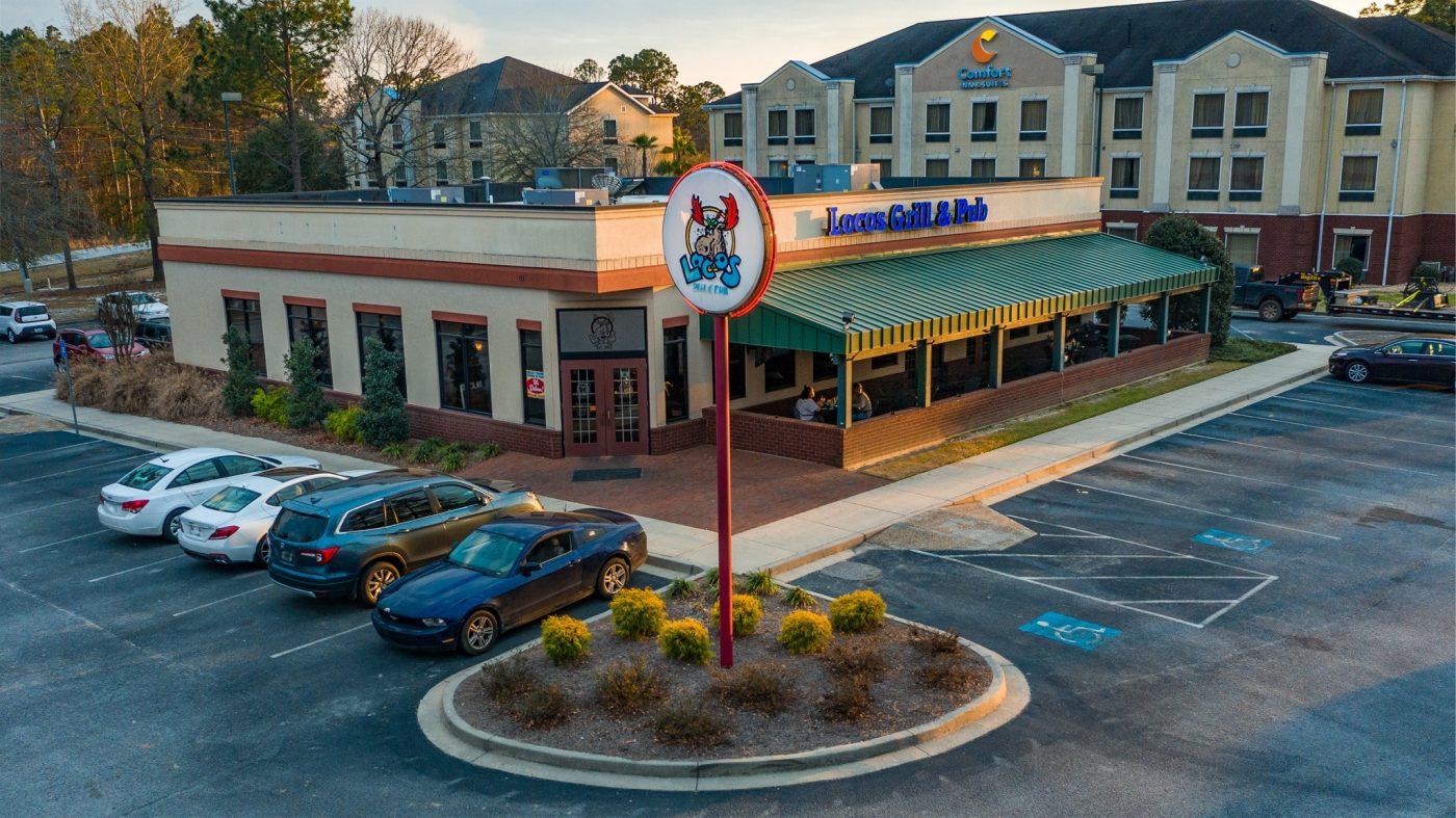 Locos Grill & Pub | Statesboro, Ga | Landscape Design & Maintenance